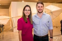 Marília Queiroz e Victor Perlingeiro