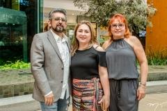 Naugusto, Milene e Sávia Freire