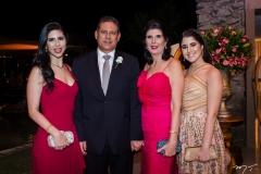 Natália, Marcos, Rosane e Mariana Medeiros