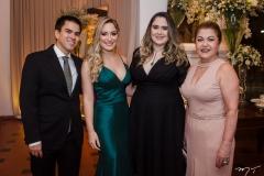 Francisco Mesquita, Larissa Mesquita, Lara e Rosa Santos