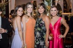 Raquel Filismino, Larissa Muller, Estafani Amorim e Natalia Burlamarque