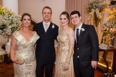 Silvia Tigre, Aluízio Guimarães, Lara e Vitor Tigre