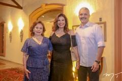 Marly Nogueira,Silvana Nogueira e Junior Aguiar