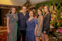 Roberta, Etevaldo, Marly,Natalia e Isabel Nogueira