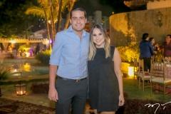Victor Oliveira e Roberta Fernandes