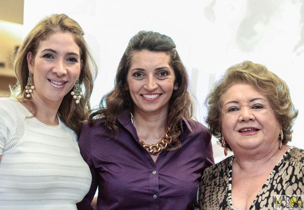 Daniele-Holanda,-Marcia-Travessoni-e-Mana-Holanda-2
