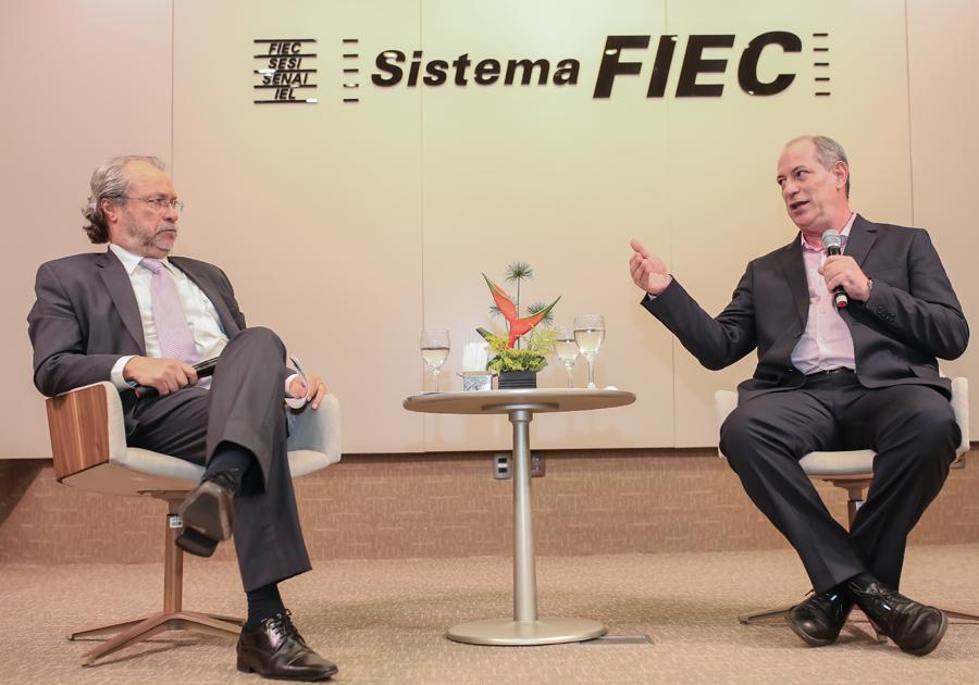 Ciro Gomes discute sobre a atual conjuntura econômica no último Fórum Ideias em Debate do ano