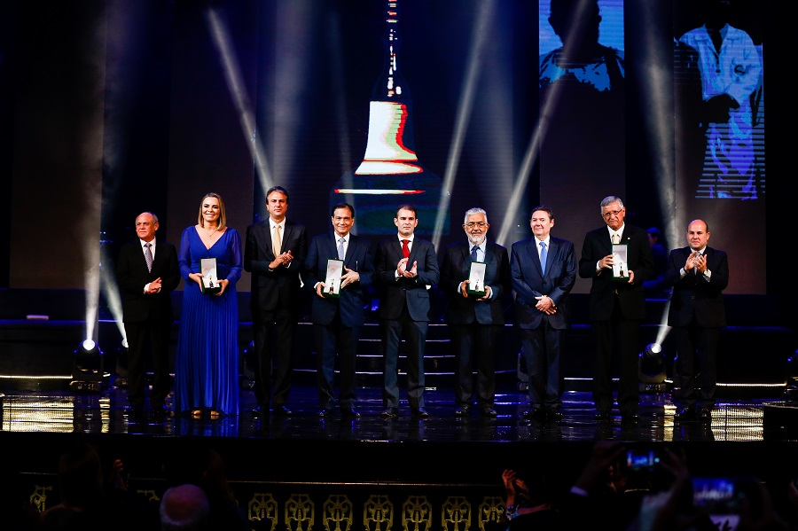 Prestígio e emoção marcam a noite de entrega do Troféu Sereia de Ouro 2018