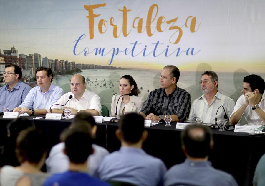 Roberto Cláudio apresenta resultados do primeiro ano do programa Fortaleza Competitiva