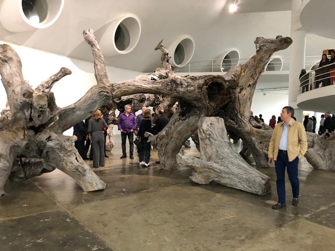 Artista chinês Ai WeiWei estreia maior exposição de sua carreira em São Paulo; mostra contou com a ajuda de artesãos cearenses